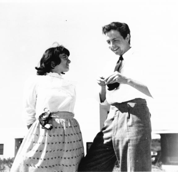 Susan Weil and Rauschenberg, Black Mountain College, North Carolina, 1949. Photograph Collection. Robert Rauschenberg Foundation Archives, New York Photo: Trude Guermonprez