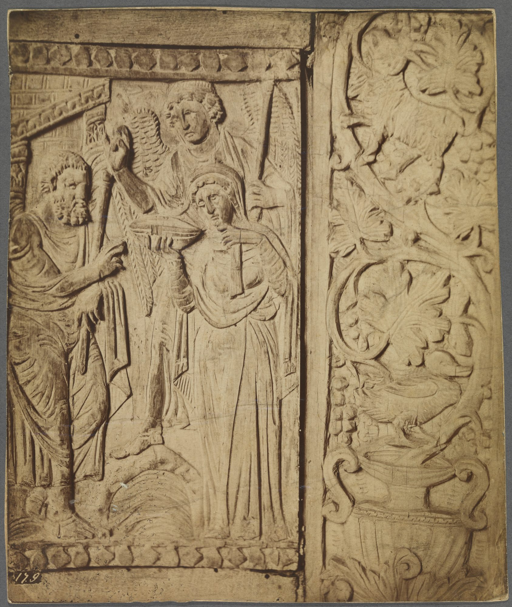 Unknown artist, Relief carving Madonna with Angel and Saint, 19th–20th century. Photograph, 9 x 7 1/2 in. Williams College Museum of Art, Prendergast Archive and Study Center, Gift of Mrs. Charles Prendergast, A.1.355