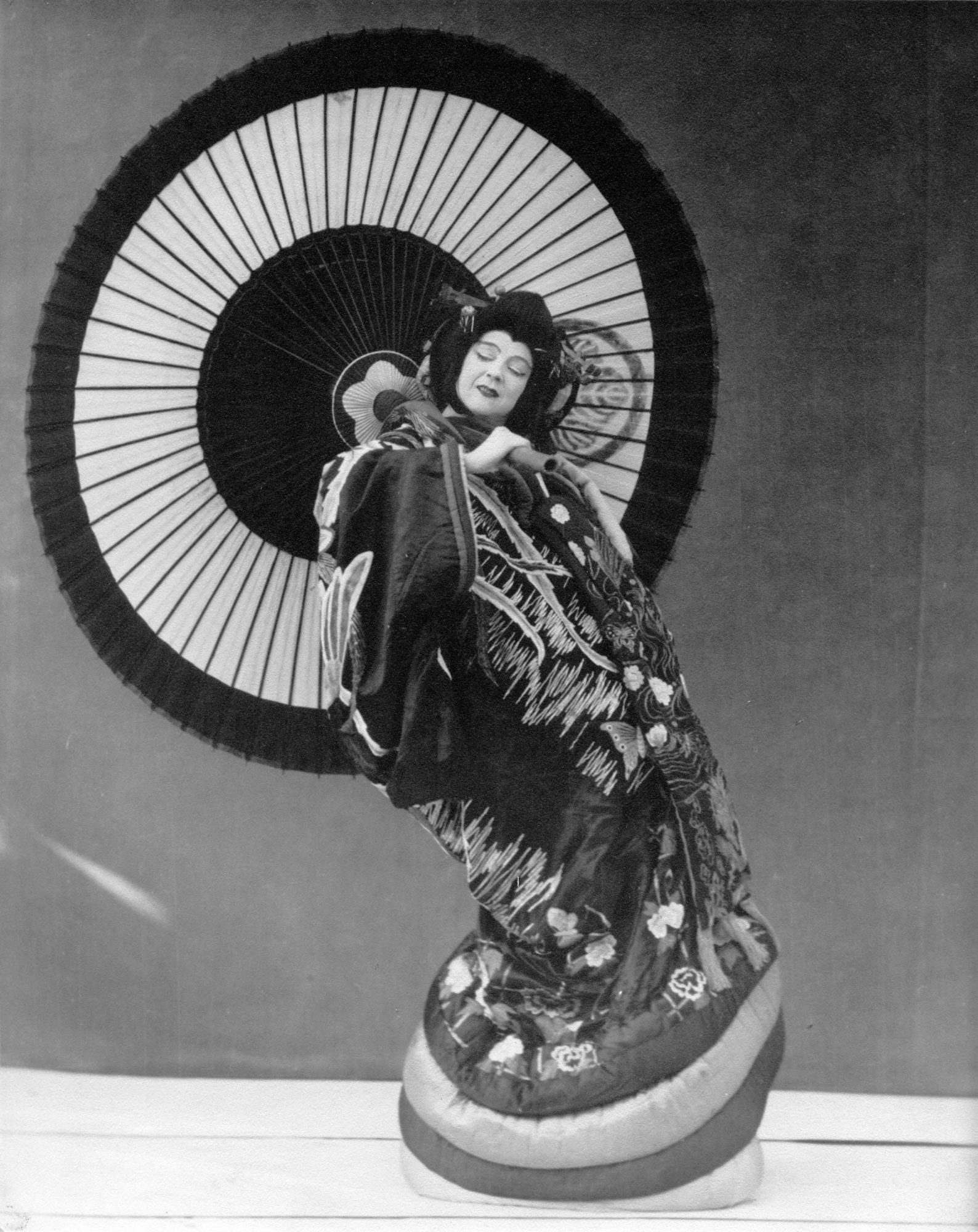 "Ruth St. Denis in an excerpt from her 1913 work O-Mika, known as ""Japanese Flower Arrangement."" Photo courtesy of Jacob's Pillow Dance Festival Archives."